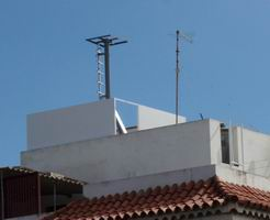 INSTALACION ILEGAL DE UNA BASE ANTENAS DE TELEFONÍA MÓVIL EN CARDONES (ARUCAS)
