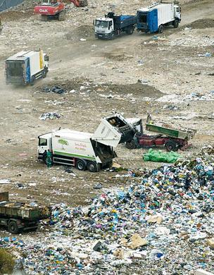 Las Palmas de Gran Canaria sólo recicla un cinco por ciento de la basura que genera pese al inminente colapso de Salto del Negro