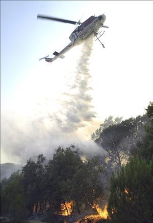 Canarias pide al Estado más medios contra incendios forestales por su lejanía