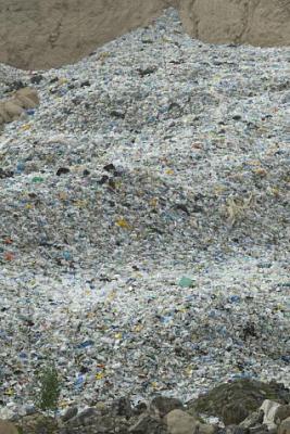 El Cabildo quiere recalificar el suelo que rodea el vertedero