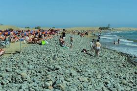 La playa de Maspalomas pierde la totalidad de la arena