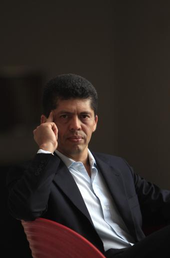 El abogado ecuatoriano Pablo Fajardo logró contra el gigante petrolero la mayor indemnización de la historia por un atentado medioambiental