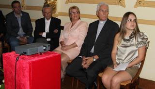 RECONOCIMIENTO Y HOMENAJE  A DON LUIS GARCIA CORREA EL 20-04-2013